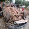 Veículo capota na rodovia que liga Picos a Bocaina