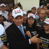 W. Dias recebe prefeitos no Karnak após protesto e pede 'compreensão'