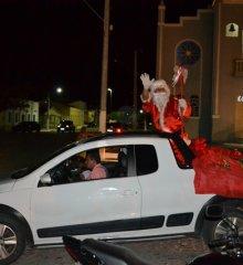 Monsenhor Hipólito realiza Natal Solidário para mais de quinhentas crianças; veja as imagens!