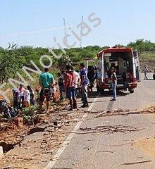 Irmãos sofrem grave acidente próximo a rodovia rompida em Paulistana; Veja!