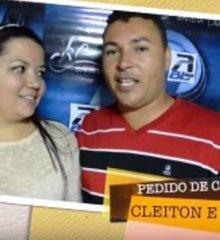 Casais pedem grande amor em casamento no show de Batista Lima em Pio IX