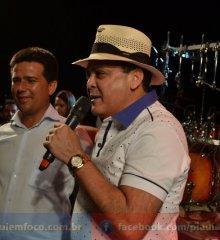 Show de Luizinho de Irauçuba  e premiações de R$ 6 mil encerram a 6ª Expocaboclos de Caldeirão Grande do Piauí; veja imagens