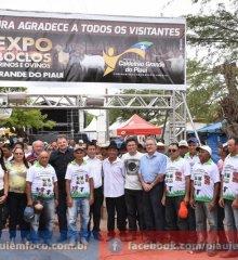 Prefeito Vianney faz abertura da 7ª Expo Caboclo em Caldeirão Grande do Piauí