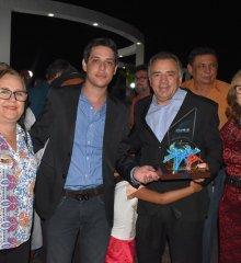 Monsenhor Hipólito é aprovado  com  Selo UNICEF, prefeito foi recebido com festa no município.