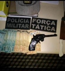 Adolescentes com arma de brinquedo fazem reféns durante assalto a farmácia em Paulistana