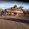 Caminhão carregado com gerador capota e interdita a PI 457 em Caridade do Piauí
