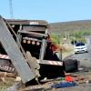 Acidente envolvendo caminhão e D20 deixa três mortos na BR 407, em Jaicós