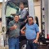 Em Francisco Macedo, deputados Rodrigo Martins e Rubem Martins oficializam entrega de caminhão frigorífico aos produtores de leite