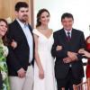 Filha do governador W.Dias se casa em cerimônia reservada; veja fotos