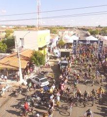 JAICÓS | Com premiação de 15 mil reais, 'I Desafio do Galo' teve mais de 200 participantes