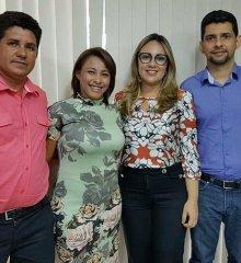 SÃO JULIÃO | Lideranças políticas reúnem-se com secretária de Educação Rejane Dias para tratar de demandas do setor ao município