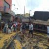 Bitrem carregada de milho perde força em ladeira do Bairro Serranópolis em Jaicós; por pouco não invadiu comércios