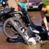Em Picos, motoqueiro cai em cratera: imagens viraliza nas redes sociais