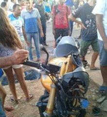 Em Paulistana, colisão envolvendo três motos deixa vários feridos