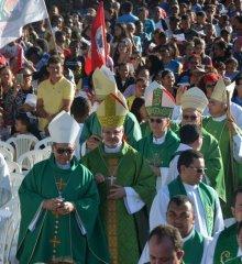 Em Paulistana, Caminhada e Missa marcam o encerramento da 14ª Romaria