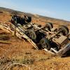 Em Jacobina, homem morre após acidente com caminhão carregado de madeira