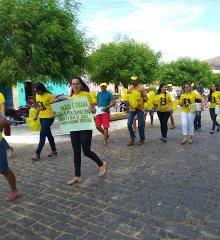 Simões  Funcionários e usuários do CAPS realizam caminhada sobre a importância do Setembro Amarelo