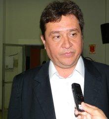 Deputado Nerinho registra candidatura à presidência da Alepi