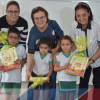 Em Fronteiras, Prefeita Maria José e Secretária Verônica Ribeiro realizam entrega de kits e livros didáticos para o ensino infantil do município