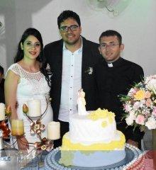 Em Fronteiras, o casal Rogério e Rosane renovam os votos matrimoniais em  cerimônia  coletiva