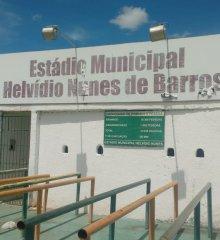 Em Picos, estádio Helvídio Nunes passa por reforma, Secretário de esportes anuncia premiação de 12 mil para intermunicipal em Junho