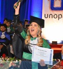 Alegretense Isadora Ramos se forma em Serviço Social com festa prestigiada em Araripina – PE