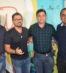 PADRE MARCOS   Em Guadalupe, prefeito Valdinar confirma benefícios junto ao deputado Georgiano; em pauta calçamentos e festejos 2020