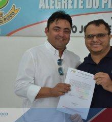 87 pessoas aprovadas em concurso público são empossadas pela Prefeitura Municipal de Alegrete do Piauí