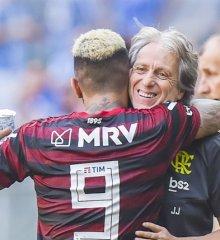 Após jogo contra Grêmio, Flamengo fica a uma vitória do título Brasileiro