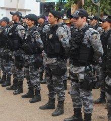 Em Picos, PM reforça segurança no Centro durante as compras de fim de ano