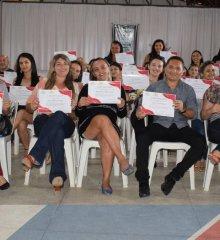 PADRE MARCOS| A Prefeitura Municipal de Padre Marcos através Secretaria de Educação entrega certificados de cursos de informática as professores do município